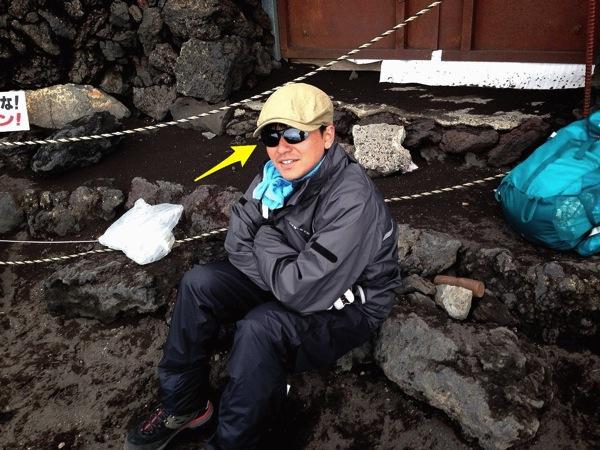 富士山でサングラスを衝動買い